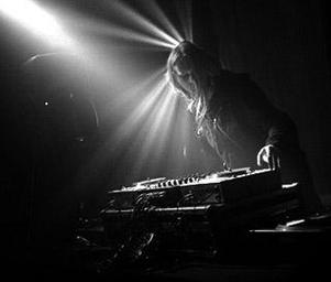 Venetian_snares_jesus_v_snares