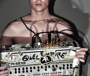 Alec_empire_dsc_0148small
