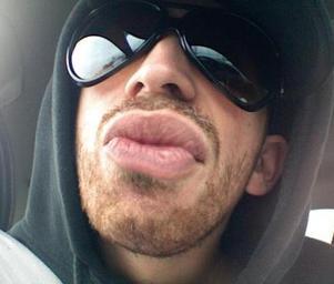 Bassobese_dem_gucci_lips