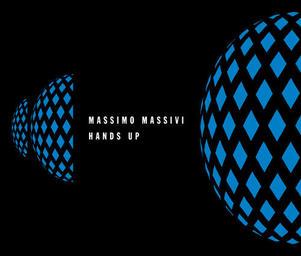 Massimo_massivi_handsup