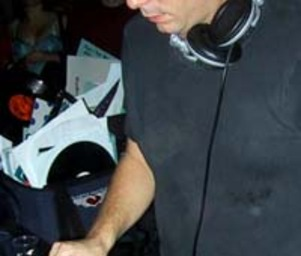 Darren_emerson