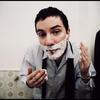 Sixtoo_shaving_2