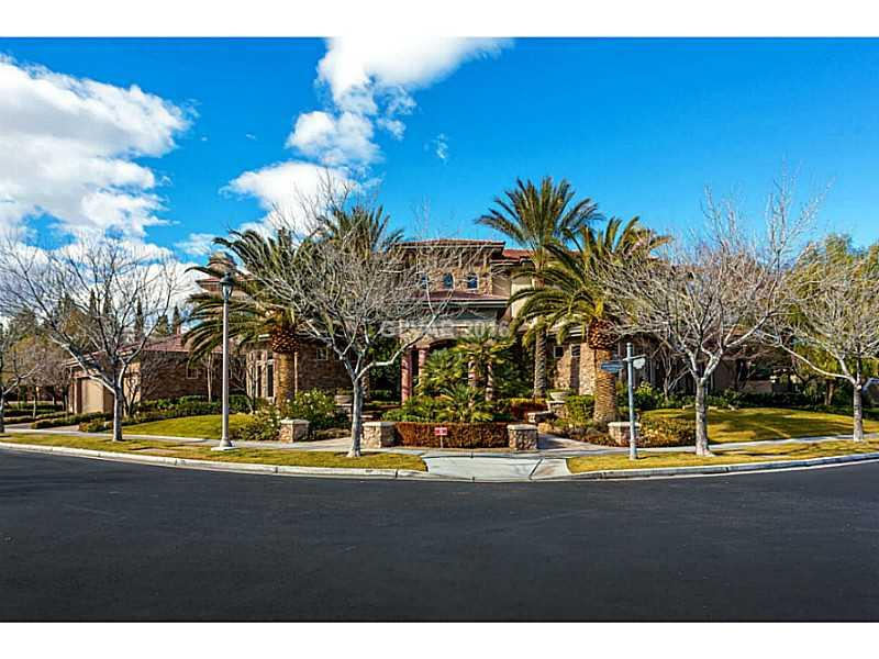 525 Spruce Canyon Street Las Vegas NV 89144