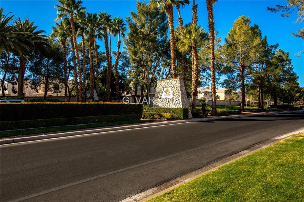 Peccole Ranch - 9753 Floweret Avenue