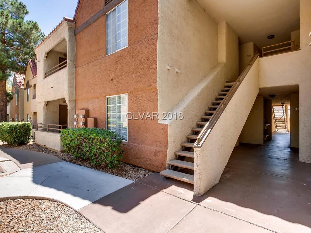 Canyon Gate - 2200 South Fort Apache Road 2048
