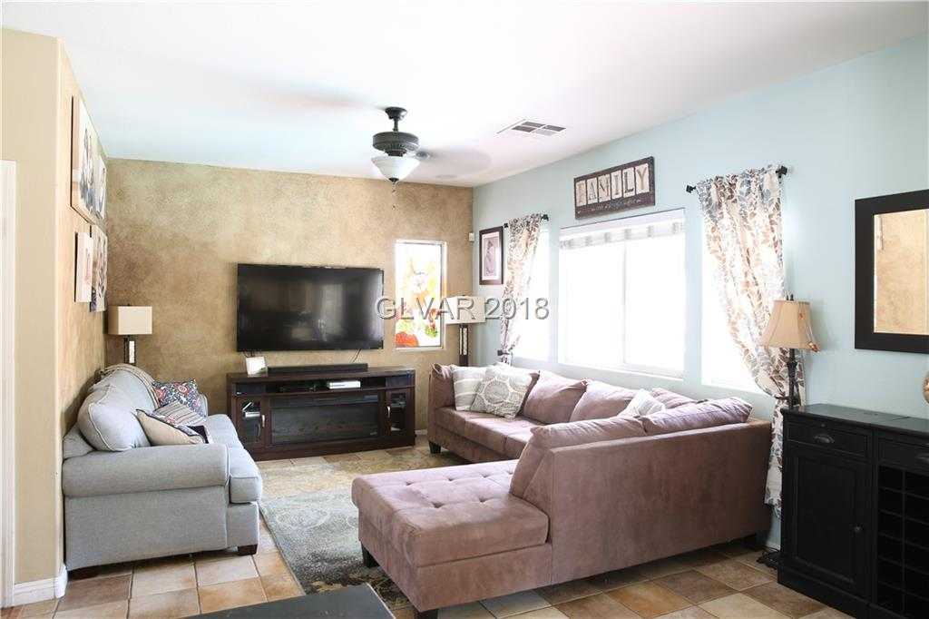 727 Smokey Mountain Avenue Henderson, NV 89012 - Photo 5