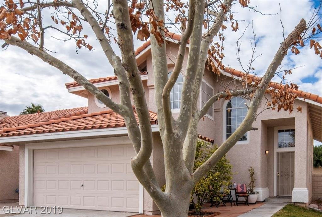Home for sale in Green Valley Henderson Florida
