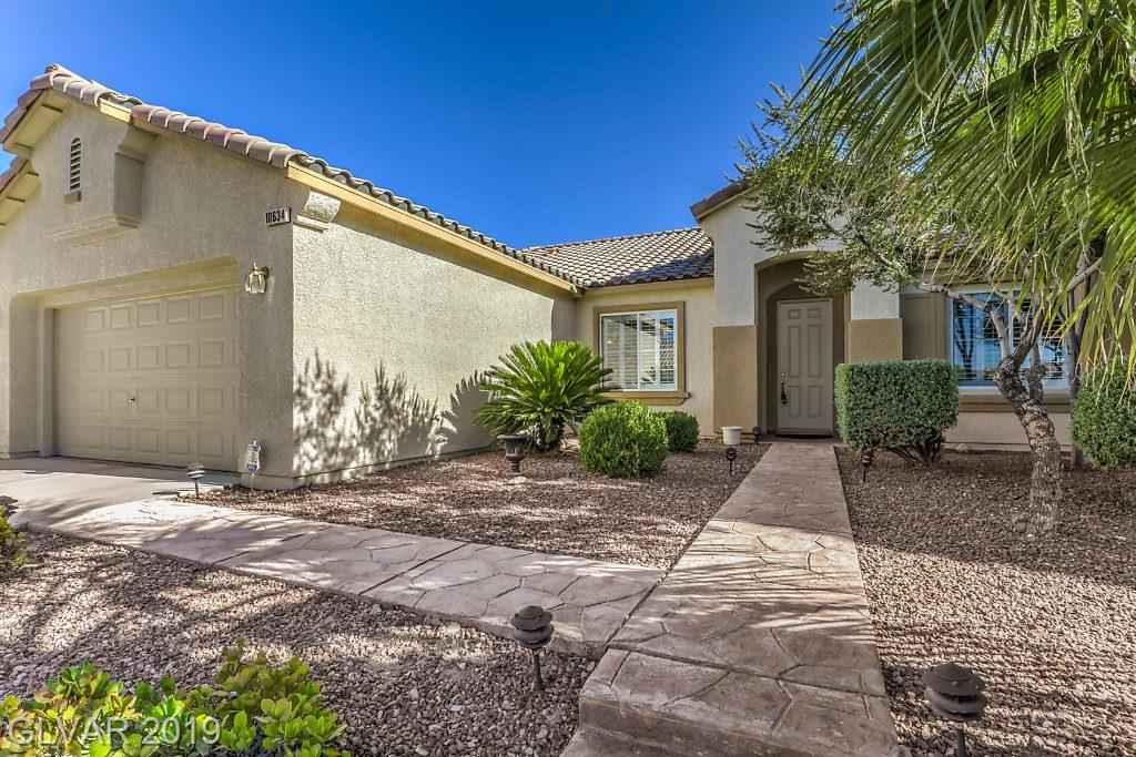 Home for sale in Lone Mountain Las Vegas Florida