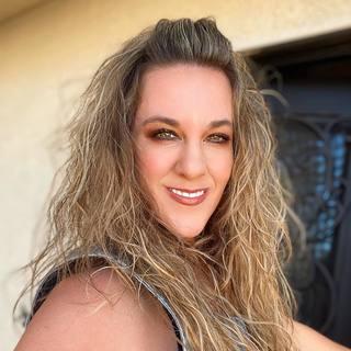 Jennifer  Asgari
