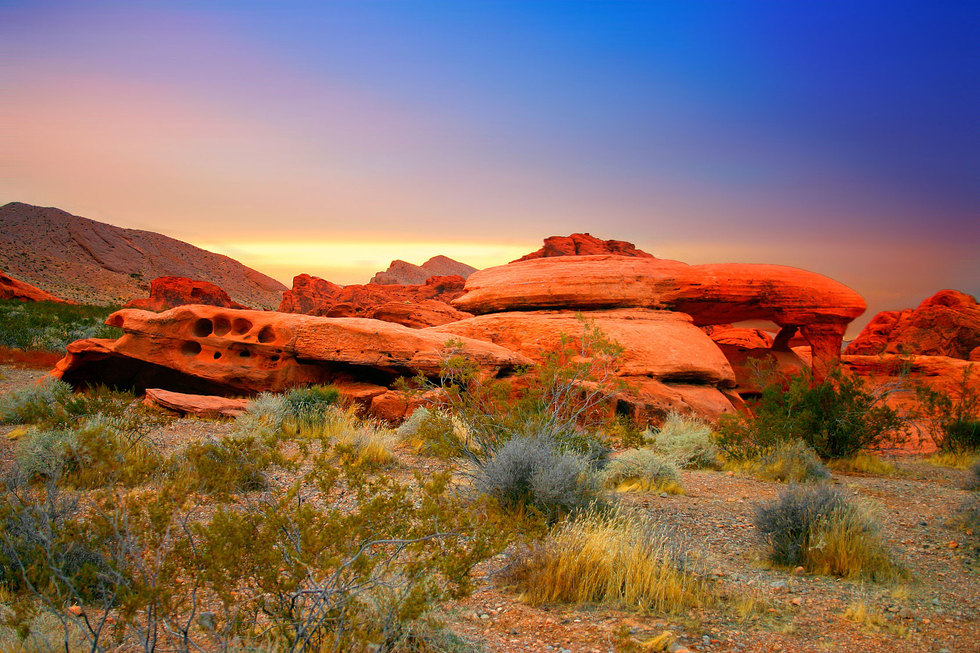Red-rock-canyon-sunset