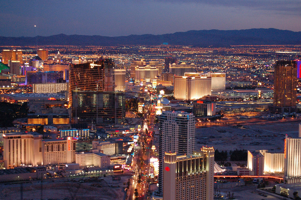 Las vegas strip aerial twilight