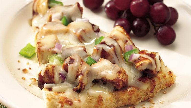 Healthified Grilled Barbecue Chicken Pizza