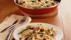 Fettuccine and Chicken in Orange-Cherry Sauce Recipe