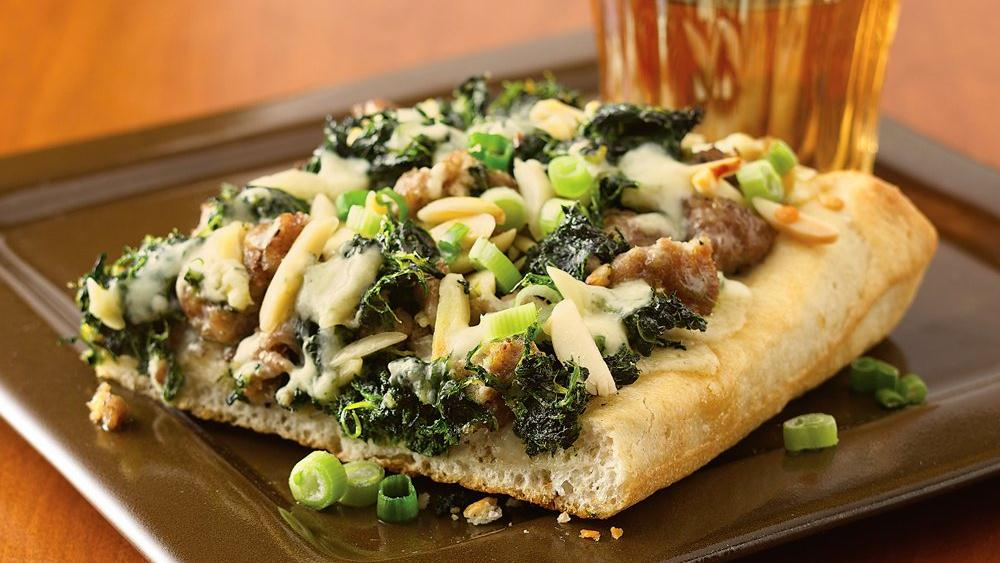Chutney Pizza with Turkey, Spinach and Gorgonzola