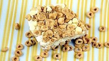 Honey Nut Cheerios™ Ice Cream Crunch Cake