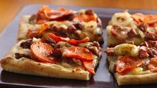 Sweet Potato and Apple-Chicken Sausage Pizza Recipe
