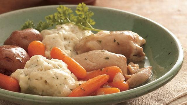 Slow Cooker Chicken and Vegetables with Dumplings