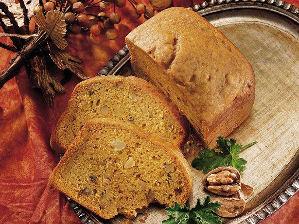 Bread Machine Pumpkin Spice Quick Bread recipe from Betty Crocker