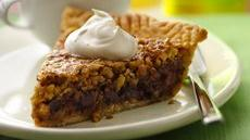 Oats &#39;n Honey Granola Pie Recipe