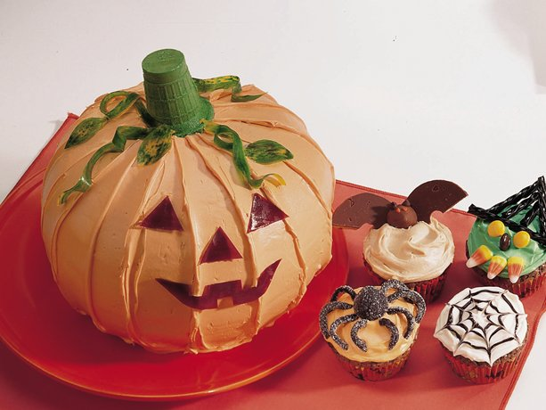 Jack-o&#39;-Lantern Cake