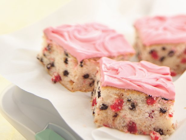 Cherry-Chocolate Chip Cake