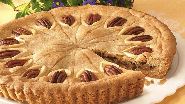 Image of Apple-nut-cookie Tart, Pillsbury