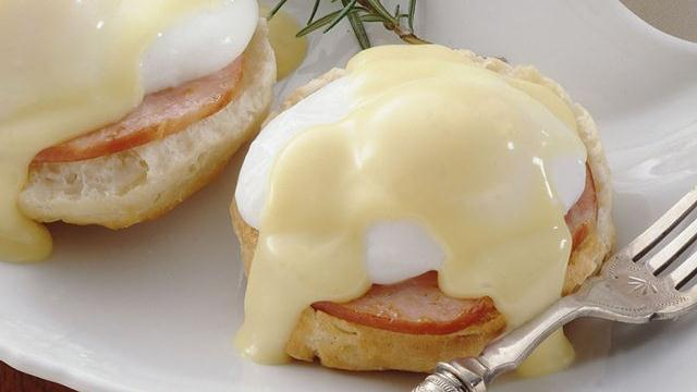 Grands! Eggs Benedict