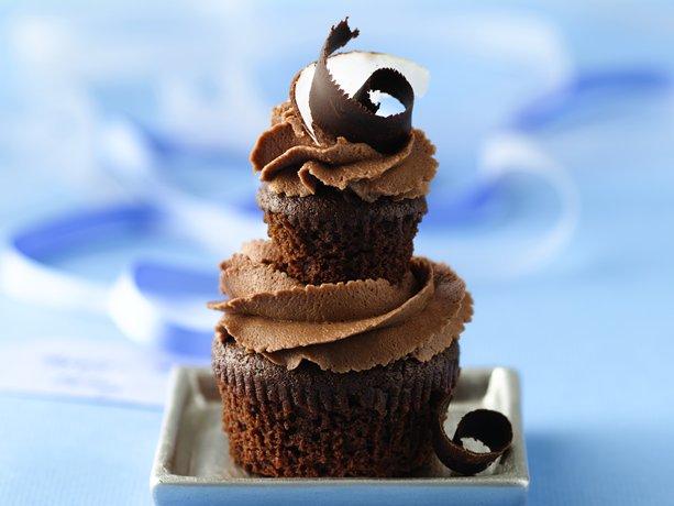 Doble Dark Chocolate-Coco Cupcakes