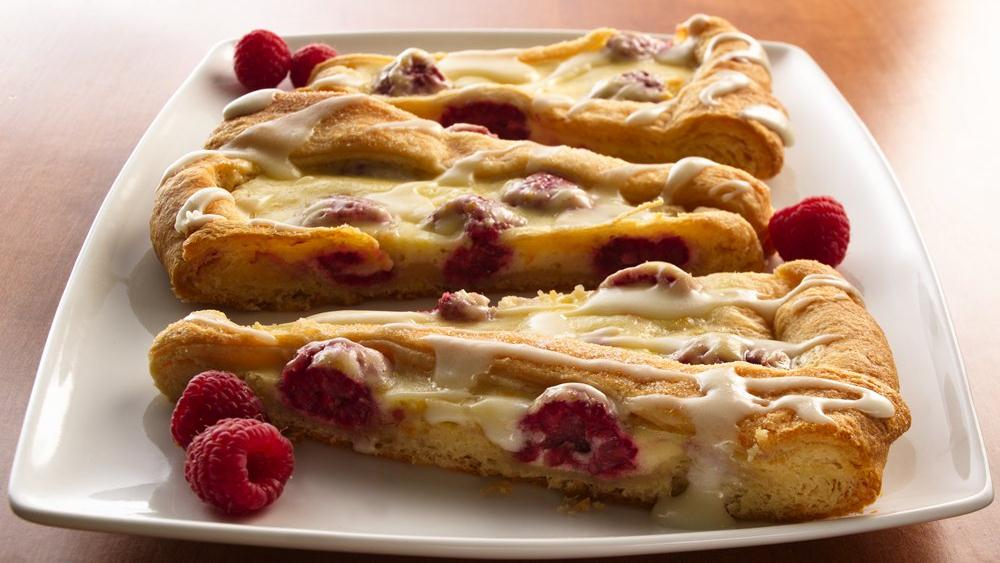 Cream Cheese-Raspberry Coffee Cake