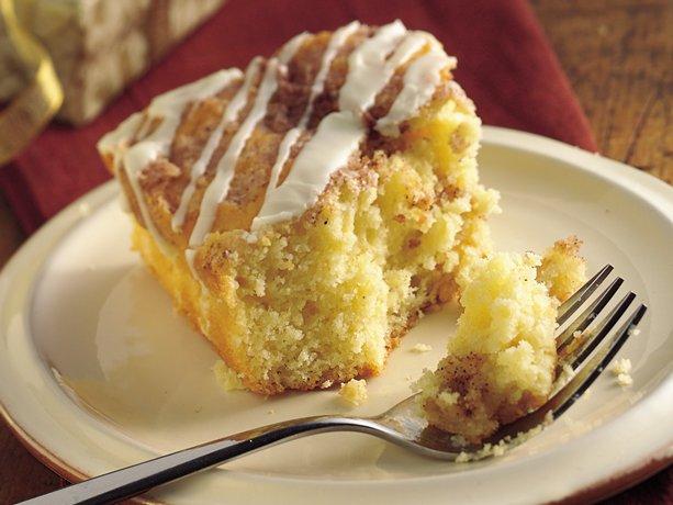Overnight Eggnog Streusel Coffee Cake