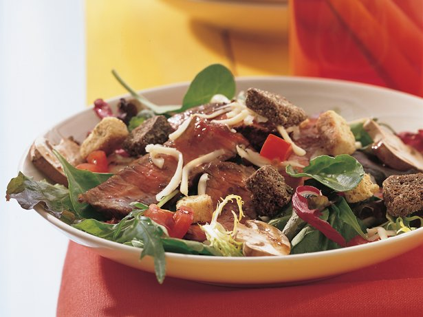 Grilled Balsamic Beef Salad