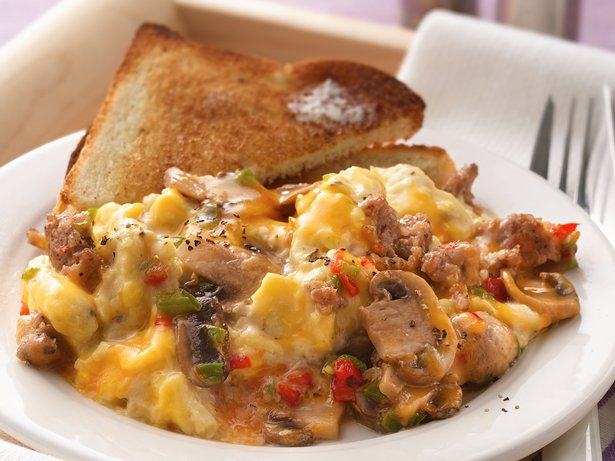 Slow Cooker Make-Ahead Sausage and Mushroom Scrambled Eggs