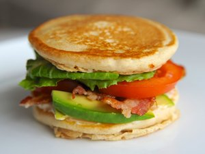 California&#32;BLT&#32;Pancake&#32;Sandwich