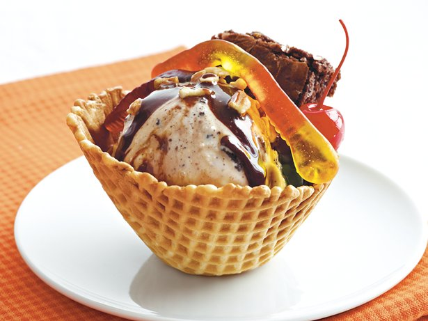 Brownie “I Scream” Sundaes
