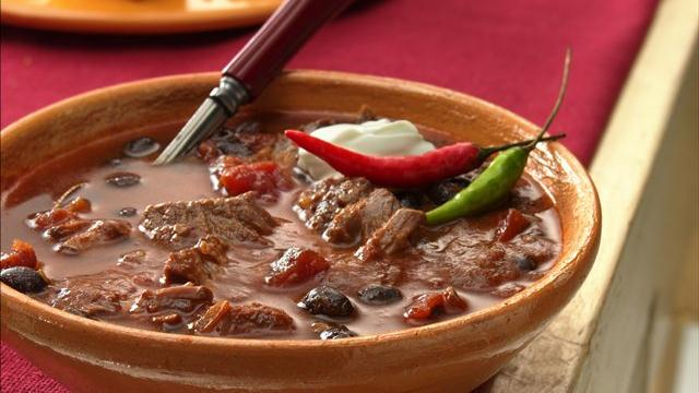 Slow Cooker Steak and Black Bean Chili