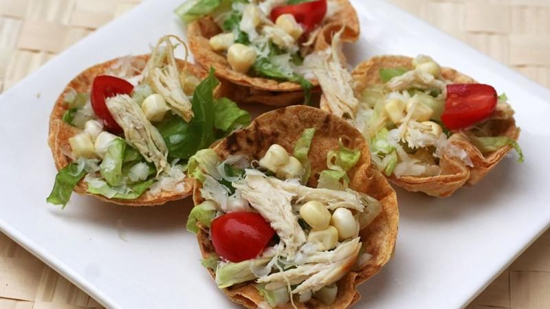 Mini Chicken-Caesar Salads