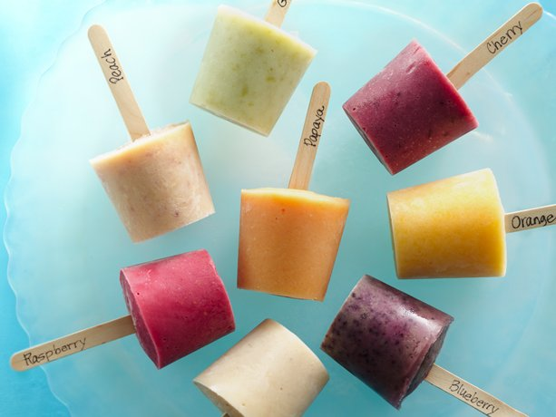 Fresh Fruit Frozen Yogurt Pops