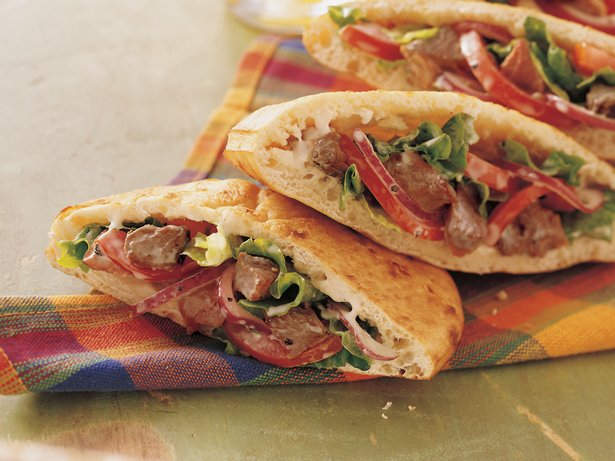Peppercorn Beef Pitas