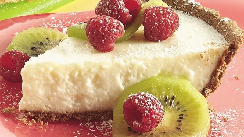 No-Bake Fruity Cheesecake Pie