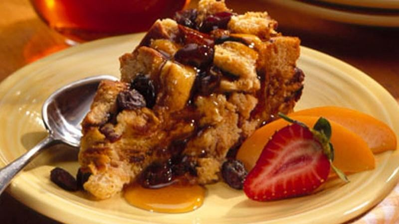 Slow-Cooker Cinnamon-Raisin Bread Pudding recipe from Betty Crocker