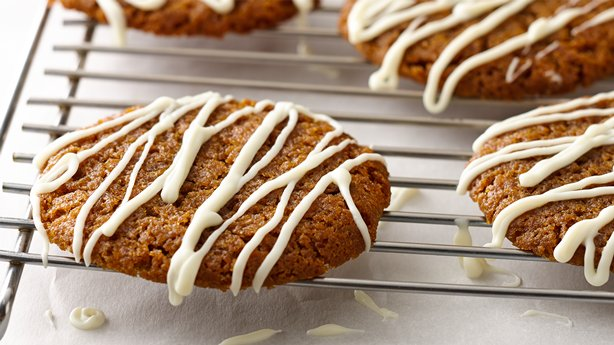 Chewy Ginger Snaps with White Chocolate Drizzle