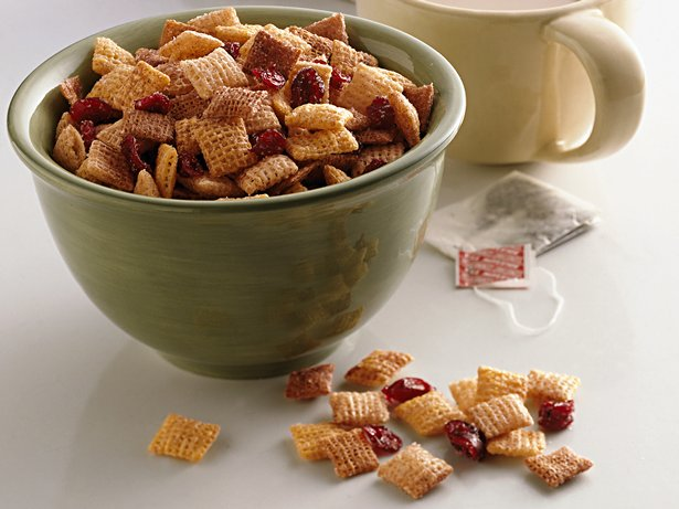 Crunchy Cranberry-Cinnamon Snack