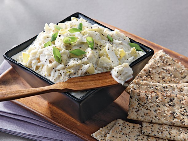 Slow Cooker Warm Artichoke and Crab Dip