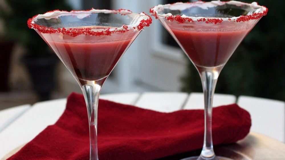 Red Velvet Cake Martini recipe from Pillsbury.com