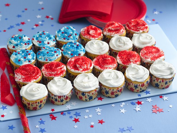 Flag Cupcake Cake