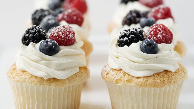 Angel Food Cupcakes with Whipped Cream and Berries recipe from Betty ...