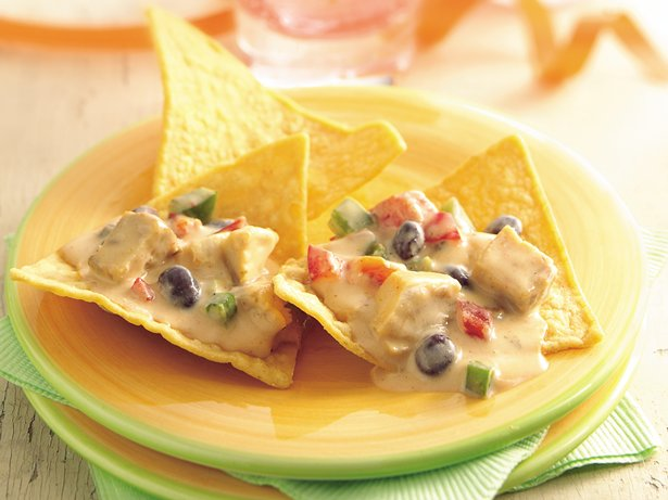Slow Cooker Southwest Chicken Nachos