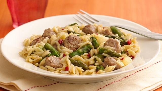 Image of Asparagus And Turkey Sausage Skillet, Pillsbury