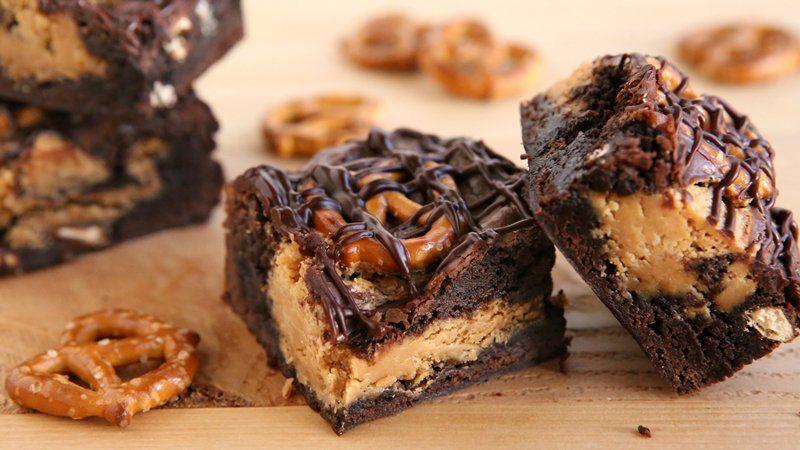 Peanut Butter-Pretzel Brownies recipe from Betty Crocker