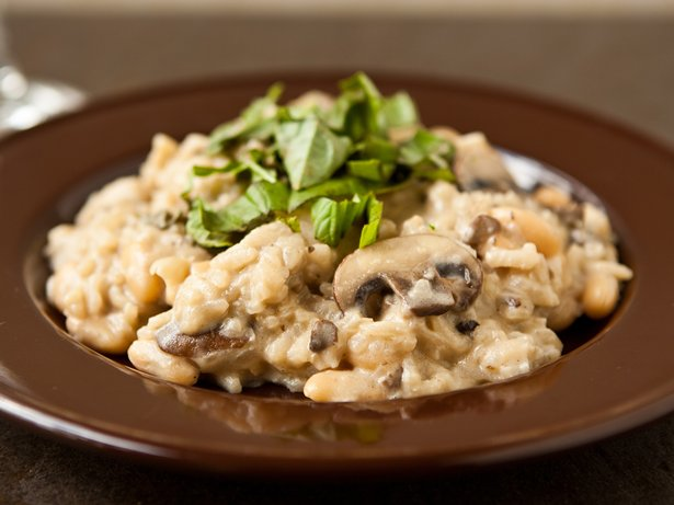 Easy Mushroom Risotto with Cannellini Beans